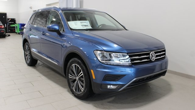 new 2018 volkswagen tiguan sel 4d sport utility in streetsboro j027103 bernie moreno companies. Black Bedroom Furniture Sets. Home Design Ideas