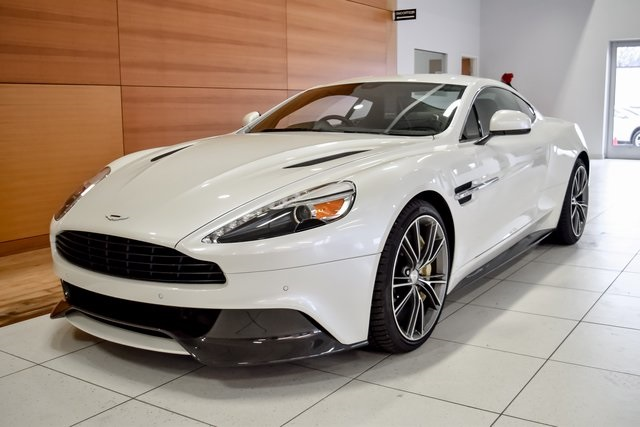 pre-owned 2016 aston martin vanquish v12 2d coupe in north olmsted