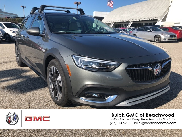 New 2019 Buick Regal Tourx Essence 5d Wagon In K009390 Bernie
